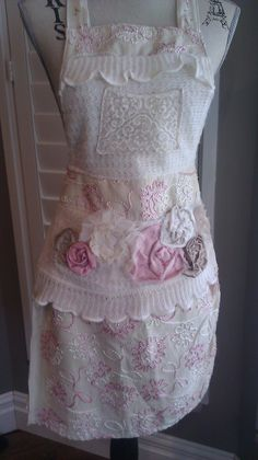 i love this little apron!