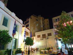 Polina Kyritsopoulou: Προβολές στην πλατεία Ηρώων του Ψυρρή στο πλαίσιο του ΑΑΟ (Against all Odds) κατά τη διάρκεια της Athens Art Week