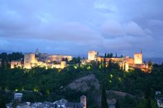 A spectacle to be seen at night - Granada's Alhambra