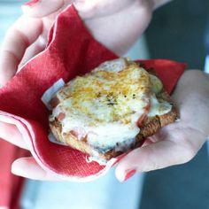Tomato, Prosciutto and Gruyère #Sandwiches