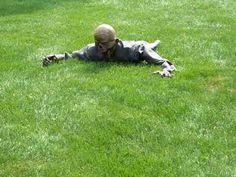 Slow crawling zombie.