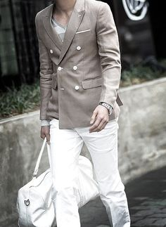 white pant