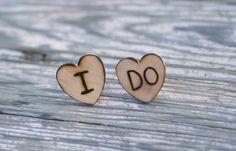 www.weddbook.com everything about wedding ♥  DIY Unique Groom Cufflinks |  El Yapimi Damat Kol Dugmeleri #diy #heart #cufflinks