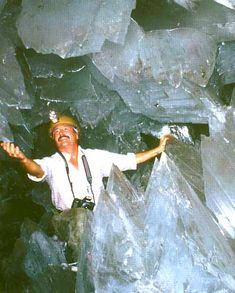 Selenite crystals in the Cave of Dreams, Chihuahua, Mexico.