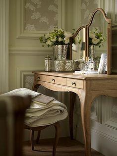 decor, interior, mercuri glass, dress room, brabourn farm