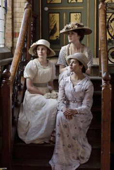 ❥ Downton Abbey girls and don't forget the hats