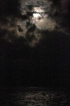 superluna, la foto me salió mal, abajo es agua, agosto 10, 2014