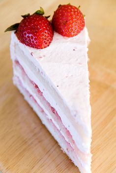 Strawberry Chiffon Buttercream Cake by userealbutter #Cake #Strawberry #Buttercream #Chiffon