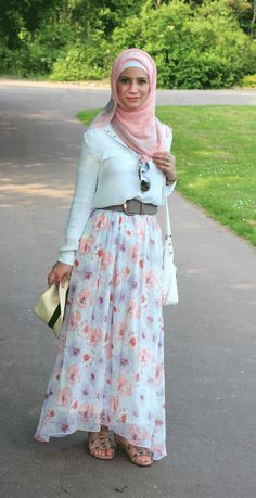 #حجاب #محجبات #موضة #أزياء #جمال #hijab #hijabi Maxi  www.hayfaglam.com and like www.hayfaglam.com/hayfaglam