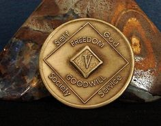 Narcotics Anonymous Vintage  Medallion 5 Year NA Coin Chip Token
