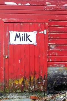 #red #barn #milk