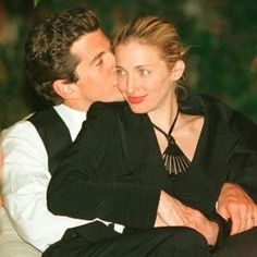 Such a beautiful couple...gone too soon;(
