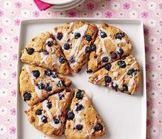 scone recipes, breakfast, blueberri scone, 350 calori, food, scones, lemon glaze, glaze recipes, blueberries