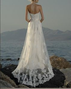 May be a little addicted to this website - I really like the use of lace  on this one.