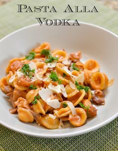Pasta Alla Vodka Sauce - This #pastasauce is oven made with #penne ...