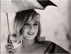 peopl, 50th anniversary, marilyn monroe, umbrellas, normajean, misfit, beauti, norma jean, hair