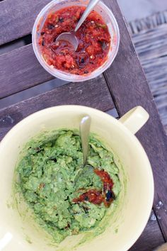 Guacamole Tip - Using Salsa in Guacamole - This Week for Dinner