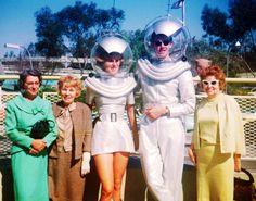 Tomorrowlandat Disneyland1961