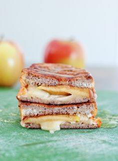 Apple Brie Stuffed French Toast