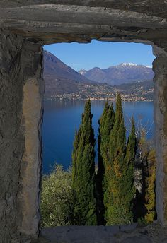 Lake Como, Italy. maybe I can George Clooney to love me lol