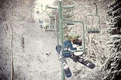 a kiss, winter, engagement photos, dream, engagements, engagement shoots, white stuff, snowboarding, kisses
