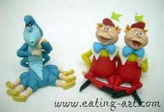 Alice au Pays des Merveilles -La Chenille Bleue, Tweedle Dee et Dum
