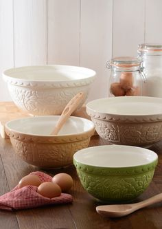 In The Forest mixing bowls from Mason Cash.