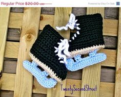 Free Crochet Pattern Baby Hat With Bow : BABY BOOTIES ICE SKATES PATTERN Sewing Patterns for Baby