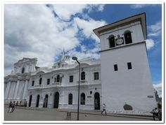 Popayán, la ciudad blanca. by Manuel Tiberio Bermudez, via Behance