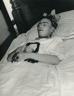 Victorian Death Photos On Pinterest Post Mortem Memento