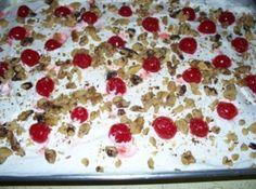Twinkie pudding cake...Taste like a banana split...delicious!!