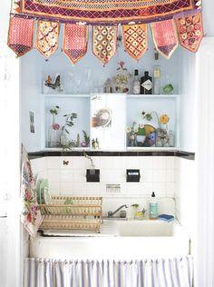 maybe I would like washing dishes here...
