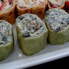 Spinach Pinwheel Appetizers - use 1 cup of sour cream if you don't eat mayo