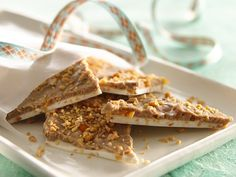 Apricot Chai #Almond Bark would be a special treat at any #holiday party!