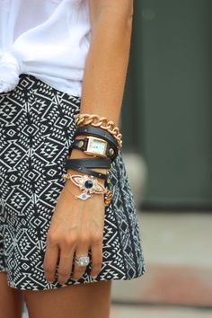 Stacked short, arm parti, stacked bracelets, fashion, style, accessori, white outfits, arm candies, bracelet stack