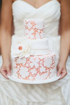 Wedding cake with lace detailing   J. Woodbery Photography   see more on: http://burnettsboards.com/2014/09/classic-southern-wedding-inspired-wind/