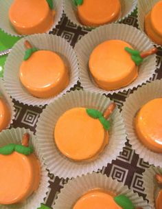 [Fall] Chocolate Covered + Pumpkin Themed Oreo Cookies