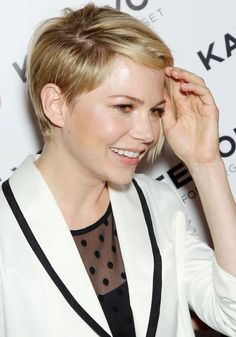 michelle williams new haircut 2013