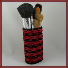 Oval Makeup Brush Cup