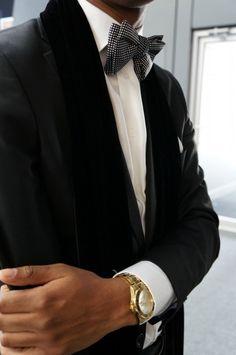 * suit
