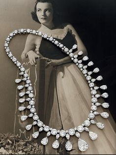 """The Vanderbilt Diamond Necklace, an extraordinary diamond fringe necklace of 24 detachable pear-shaped diamonds from the collection of Wendy Vanderbilt Lehman, a direct descendant of """"Commodore"""" Cornelius Vanderbilt, who started the family fortune in shipping, real estate and railroads and oversaw the construction of Grand Central Terminal in New York."""
