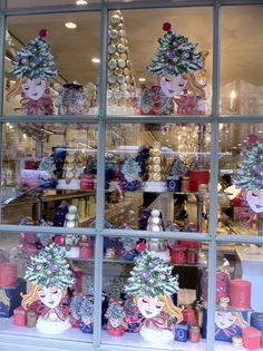Laduree christmas on pinterest christmas windows for Laduree christmas