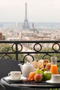 Breakfast with a magnificent view