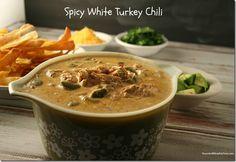 Spicy White Turkey Chili - YoursAndMineAreOurs.com