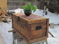 wood trunk made out of pallets