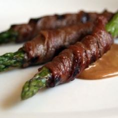 Steak on a Veggie Stick: Grilled asparagus/tri-tip satay with ponzu ...