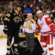 10/14/13 B's legend Milt Scmidt poses witb Zedeno Chara & Henrik Zetterberg before dropping the puck at the home game vs Detroit Redwings.