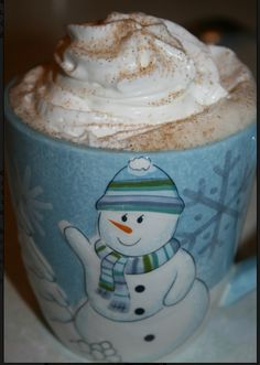 Snowflake Hot Cocoa-This is for the slow cooker! Howfabulousand great for my open house or any office party. hot chocolate, hot vanilla, office parties, christmas tables, milk, vanilla extract, drink, hot coco, whipped cream