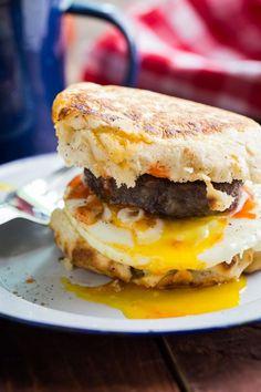 campfire breakfast burger, campfir breakfast, burger recipes, breakfast sandwiches, biscuit, meal, camping recipes