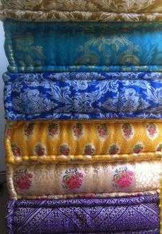 Kussens bien 2carefor on pinterest porch swings cushions and floor cushions - Kamer van bian ...